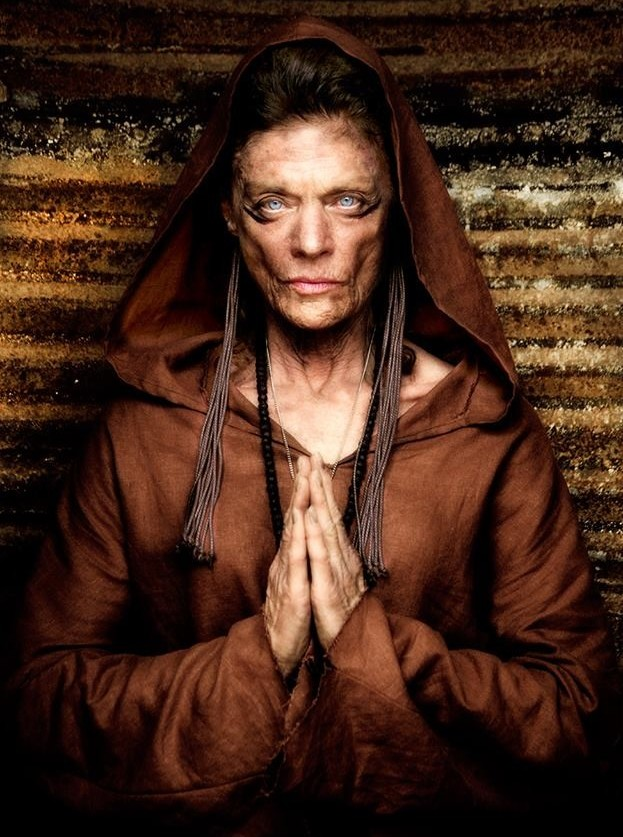 shaman-meg-foster-photo-by-pkm-image-e1435196253977